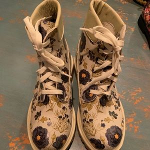Never Worn Cream Blue Floral Combat Boots size 37
